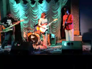 Pam Taylor Band at Visulite Theater in Charlotte, NC   9-14-2013 VIDEO:  What Ya Doin' Around Here?
