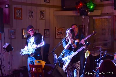 Pam Taylor Band at Finz in Matthews, NC - Dec. 7, 2013