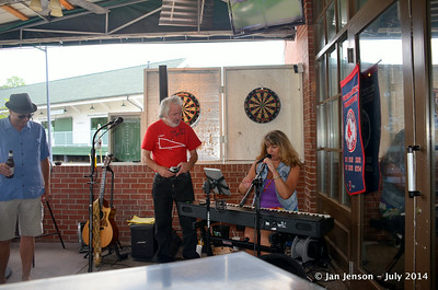 Looking for the tip jar @ Tony Rogers & Stella Whittle @ Beantown in Matthews, NC - July 6, 2014