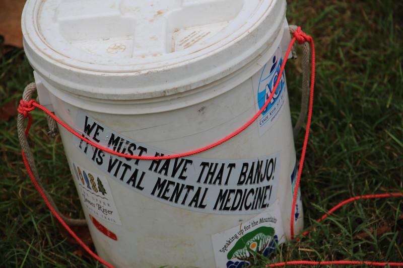 Eloquent bucket