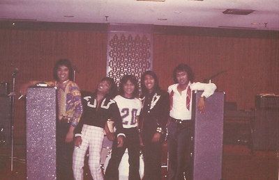 Rock'n Roll Days--'n a Nice Re-union