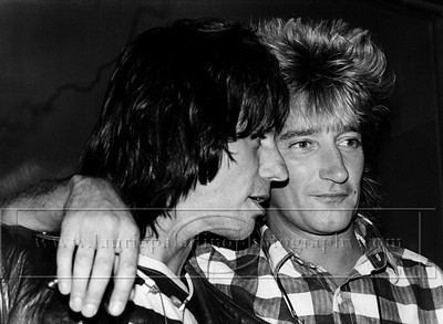 Stewart/Beck_lp_1001  Singer Rod Stewart  and Jeff Beck Announce a joint tour at a press concerence at New York City's Hard Rock Cafe.