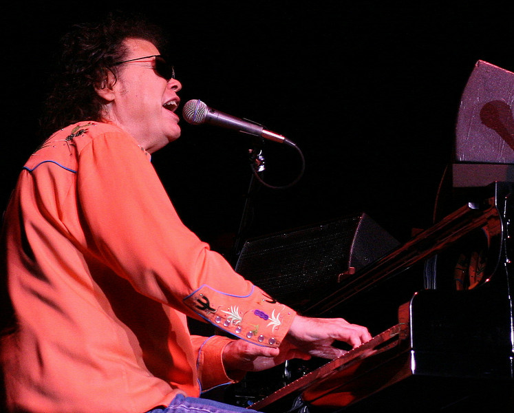 "Ronnie Milsap @ Penn's Peak, Jim Thorpe, PA...<br /> <br /> From the show program: ""Ronnie has over 40 # 1 hits, and has sold over 25 million records...He received seven Grammy's, four Academy of Country Music Awards and eight Country Music Association Awards""...""Ronnie is blind since birth."""
