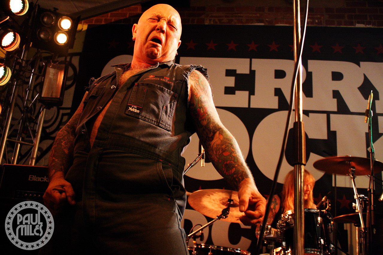 NICE BOYS: Angry Anderson fronting Rose Tattoo as they headline Cherry Rock festival in Australia's AC/DC Lane.