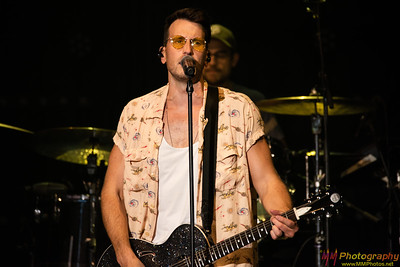 Russell Dickerson 008