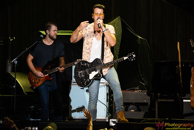 Russell Dickerson 004
