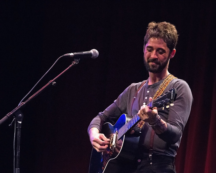 Texan singer-songwriter Ryan Bingham