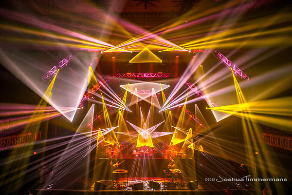 STS9-20131229-097