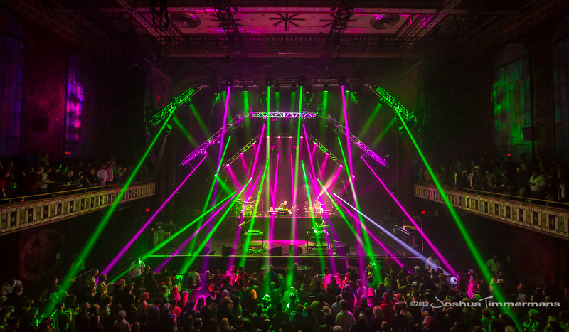 STS9-20131229-129