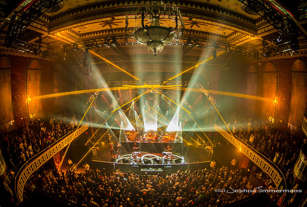 STS9-20131229-259