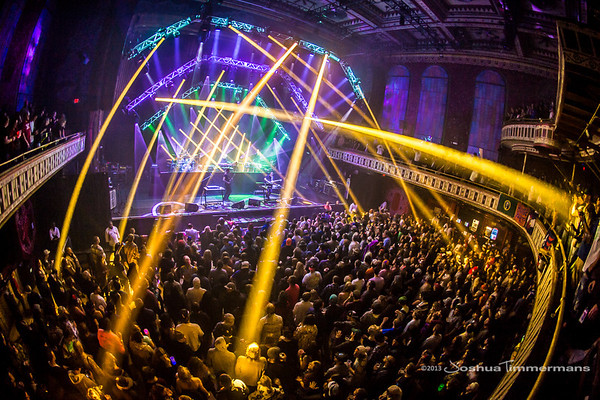 STS9-20131229-190