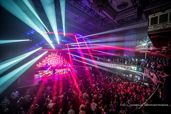 STS9-20131229-181