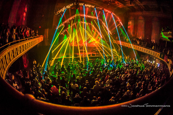 STS9-20131229-203