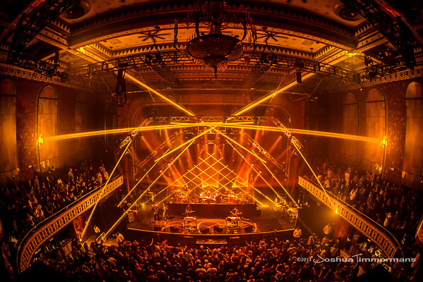 STS9-20131229-254