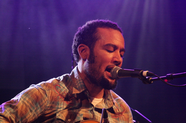 Ben Harper playing the Body of War concert at Stubbs in Austin for SXSW 2008