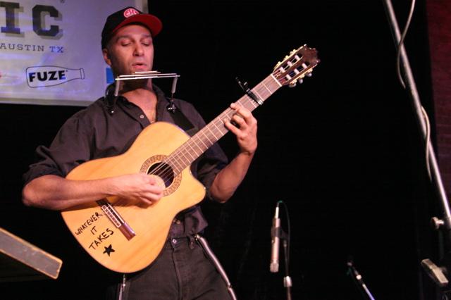 Tom Morello the Nightwatchman jams with Ben Harper at Esther's Follies at SXSW 2008 Austin TX