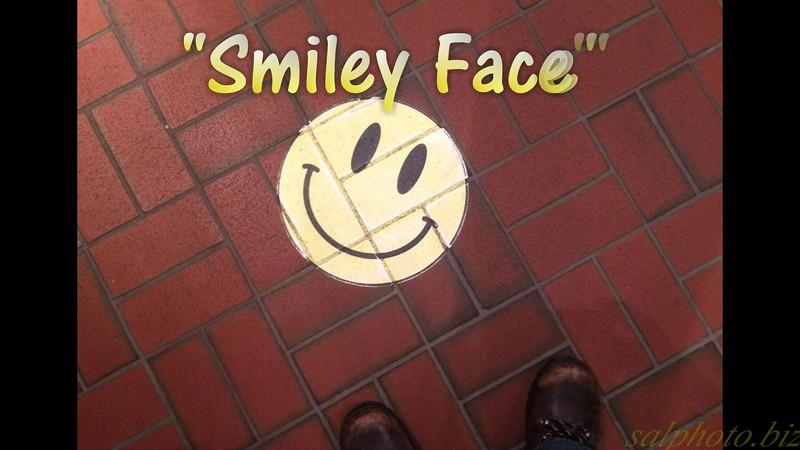 """""""Smiley Face"""" (originally """"Poker Face"""" by Lady Gaga) by Crazy lil' Sal<br /> <a href=""""https://vimeo.com/228003597"""">https://vimeo.com/228003597</a><br /> <br /> <a href=""""https://creativemusicartsy.wordpress.com/2017/08/02/music-parody-smiley-face-originally-poker-face-by-lady-gaga-by-crazy-lil-sal/"""">https://creativemusicartsy.wordpress.com/2017/08/02/music-parody-smiley-face-originally-poker-face-by-lady-gaga-by-crazy-lil-sal/</a><br /> <br /> <a href=""""https://salphotobiz.smugmug.com/Travel/Mall-of-America/i-wWpCjhb"""">https://salphotobiz.smugmug.com/Travel/Mall-of-America/i-wWpCjhb</a>"""