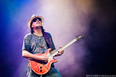 Santana performs on July 31, 2010 at 1-800-ASK-GARY Amphiteater in Tampa, Florida