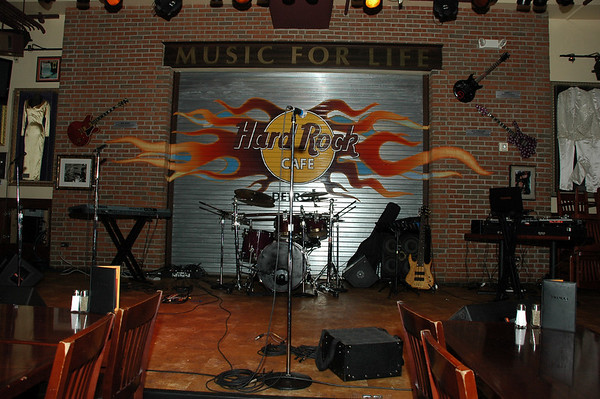 Savallace & the Street Soul Movement @ the Hard Rock Cafe (det)