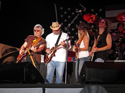 Members of the Hank Willams Jr. band on stage at Six Flags Great Adventure in 2006 for the Sean Hannity Freedom Rally.