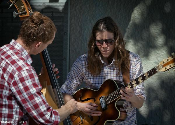 Serendipity Duo in Kilbirnie, Wellington, 13 September 2013