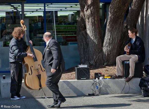 Serendipity Duo in Kilbirnie, Wellington, 6 September 2013