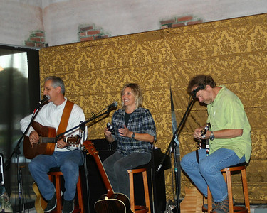 Songwriters in the Round Series