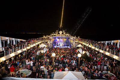 FORT LAUDERDALE, FL - NOVEMBER 27:  Godsmack performs onboard Shiprocked! cruise on November 27, 2012 in Fort Lauderdale, Florida.  (Photo by Chelsea Lauren/Getty Images)