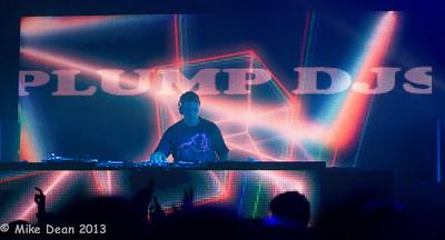 Dance Tent & DJ's-10
