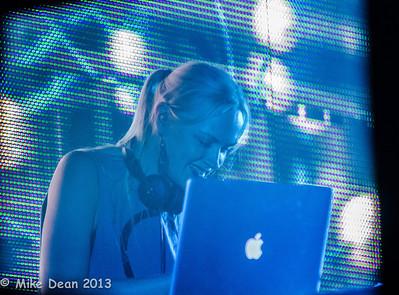 Dance Tent & DJ's-4
