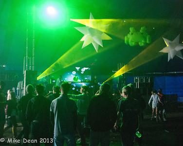 Dance Tent & DJ's-14