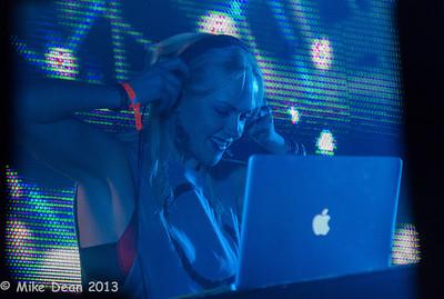 Dance Tent & DJ's-5