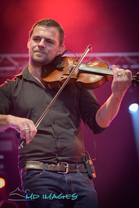 Skerryvore@SFF'19©Mike Dean-10