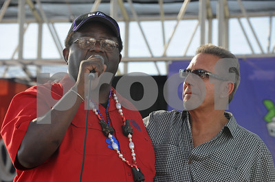 The Simi Valley Blues Festival, May 27, 2012.  Featuring Shawn Pittman, Big Pete with Paul Size, Al Blake, & Alex Schultz, Rod Piazza & The West Coast Sheiks featuring Junior Watson, The Fabulous Thunderbirds, Candye Kane featuring Laura Chavez.  Hosted by Bubba Jackson  Photo by SCOTT Mitchell  copyright  2012    May 27   scottmitchellphotography.com