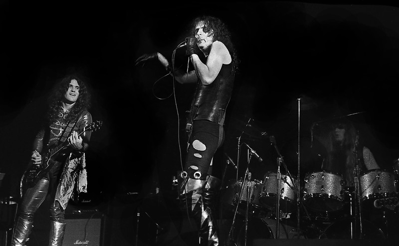 Alice Cooper Performing in 19771