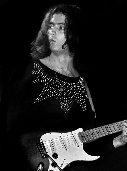 Deep Purple's Ritchie Blackmore performs in 1973