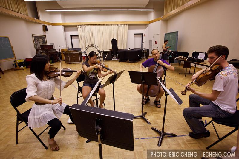 Late-night chamber music sight reading with Iris Otani, x, Chris Costanza and Peter Behroozi (SLSQ Summer Chamber Music Seminar 2010)