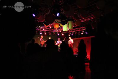 Student concert shutter play Sol train 1361
