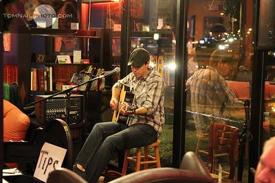 songwriter night 12-11 004