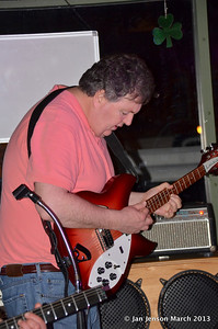 Gerry Hegsteadt (on guitar!)