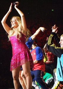 Spice Up Your Life - Spice Girls at the Manchester Evening News Arena (UK). Photos from fashion designer Hasan Hejazi, see www.hasanhejazi.co.uk