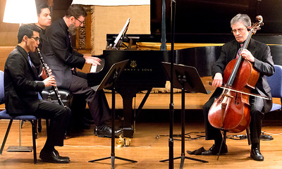 Krissman, Waters, and Sills play Beethoven Trio in B flat major