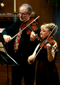 Ivo-Jan vand der Werff (the extra violist) and Gillian Ansell, New Zealand Quartet violist