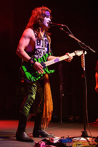 Steel Panther 007