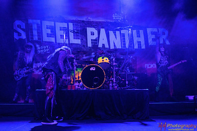 Steel Panther 003