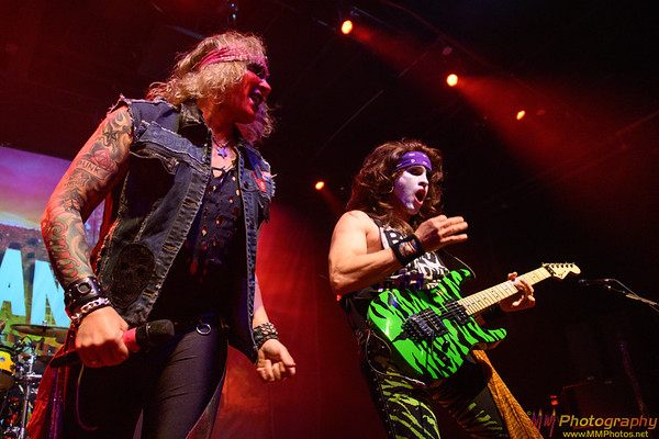 Steel Panther 010