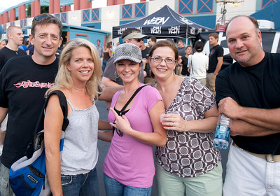 Matt DeRose, Carol Nordloh, Sarah Tipton, Nancy DeRose and Jim Nordloh of Cincinnati at PNC Pavilion for Stone Temple Pilots