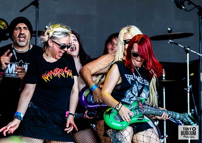 Aussie rockers Massive play the Tommy Vance Stage at Stonedeaf Festival 2019  © Tony Burgum