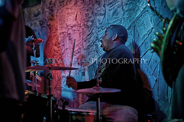 Stooges Brass Band Hill Country BBQ (Fri 1/6/12)