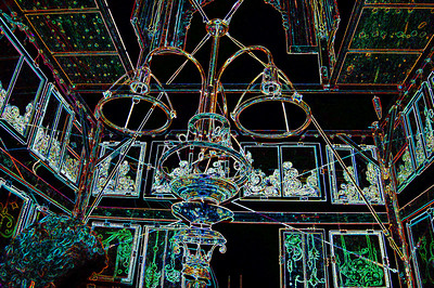 temple-chandelier-windows-glowing 559